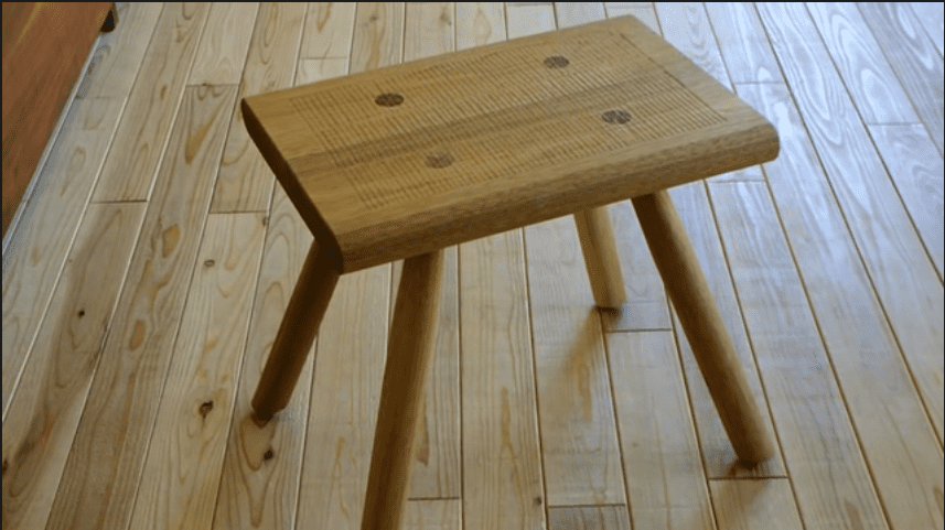 Making walnut stools diy project