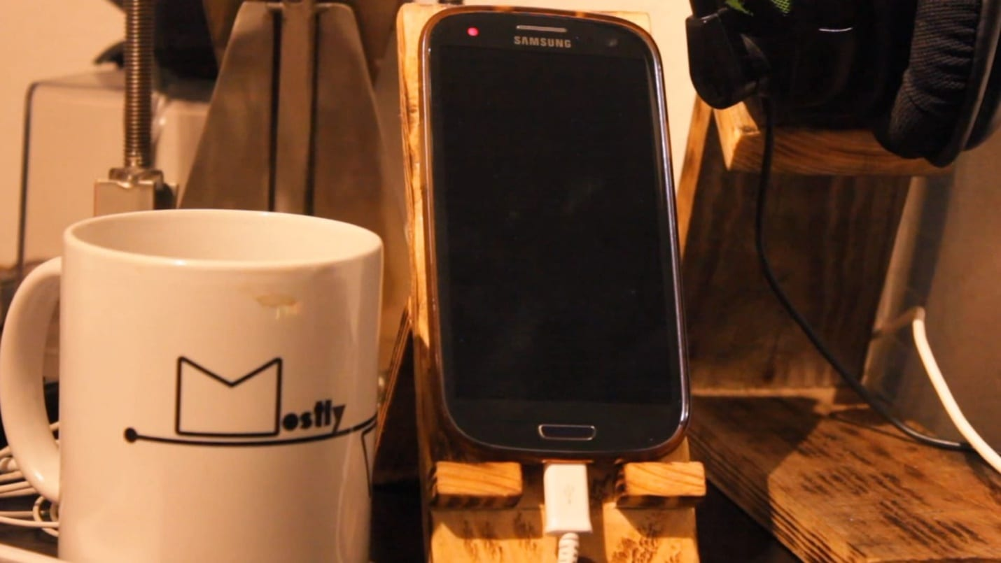 Phone stand siy