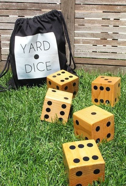 Playing dice