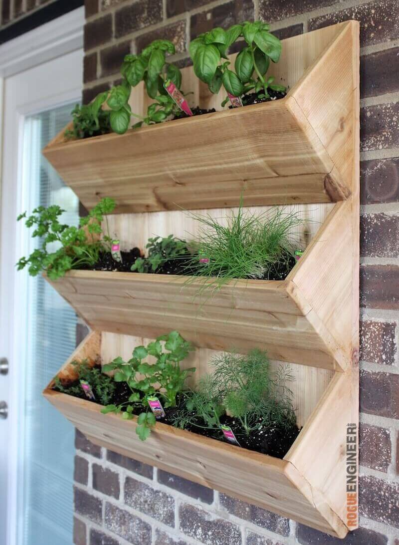30 free woodworking projects ideas for boys cut the wood for Wall plants outdoor