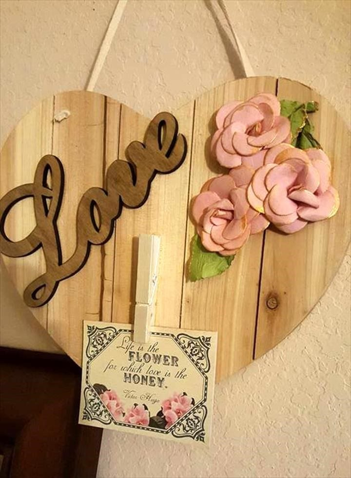 31 diy woodworking gift ideas perfect for everyone cut the wood 29 wooden hanging wedding gifts solutioingenieria Choice Image