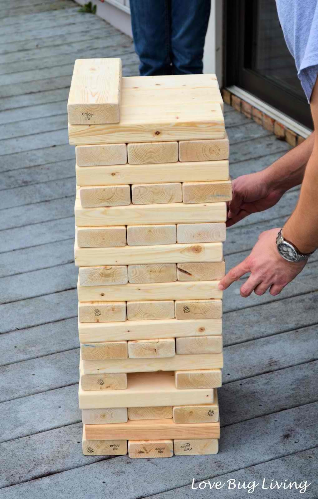 30 Amazing Things You Can Create Using 2x4s