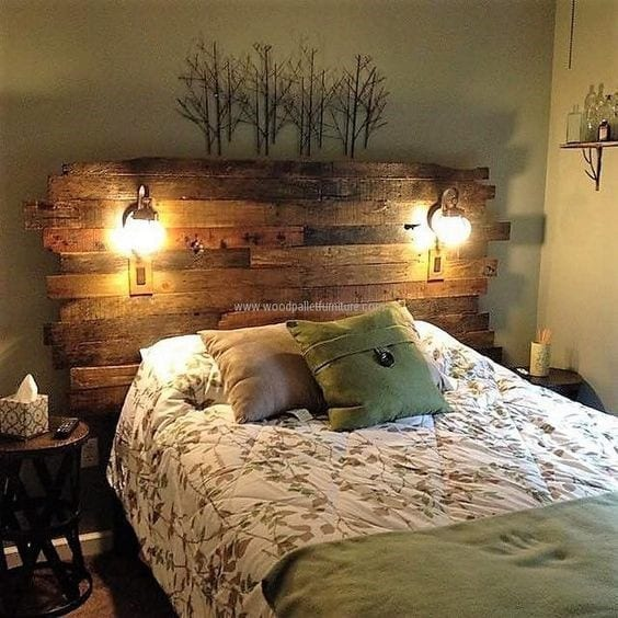 Pallet Headboard Ideas With Lights