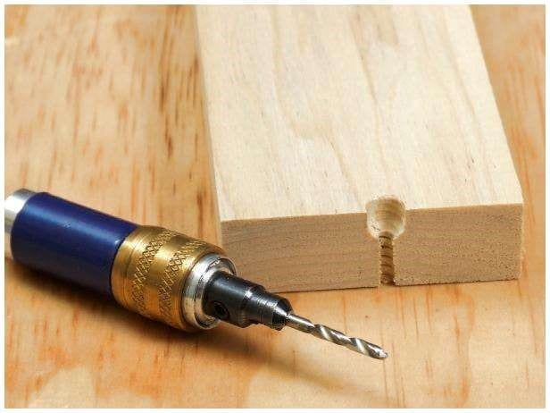 Can Electricity Travel Through Wood