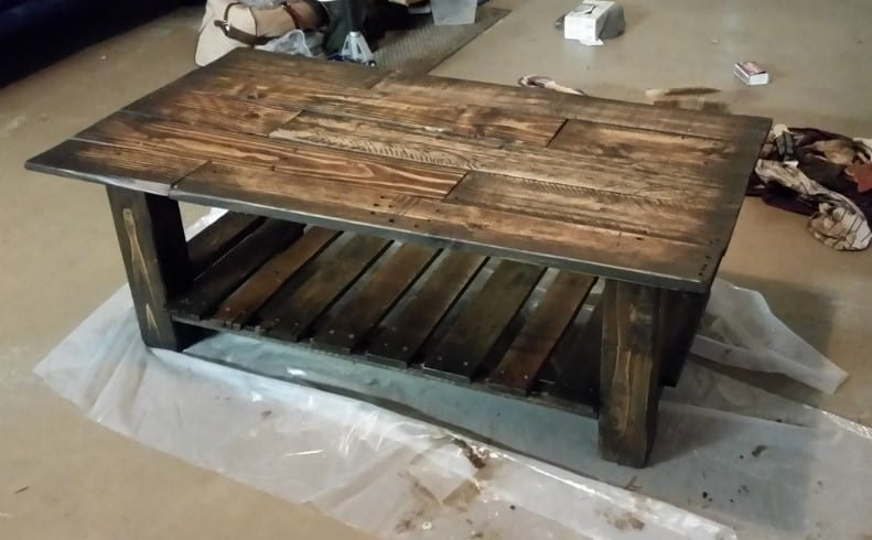 How To Stain Pallet Wood - Cut The Wood