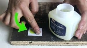 Using Solvents Petroleum Jelly 1