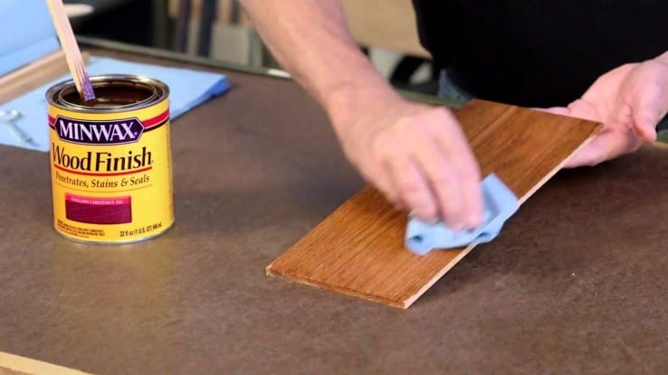 Apply Cream Furniture Wax To Polish The Surface 1