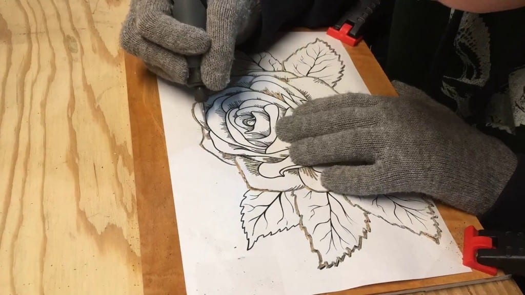 Transfer Your Design On The Wood To Be Carved