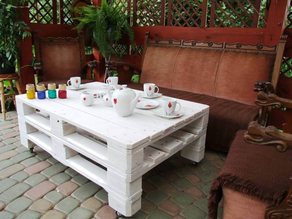Chic White Pallet Patio Table