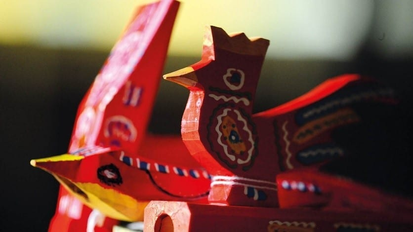 How Did The Manufacturing Of Children's Wooden Toys Turn Into A Tradition