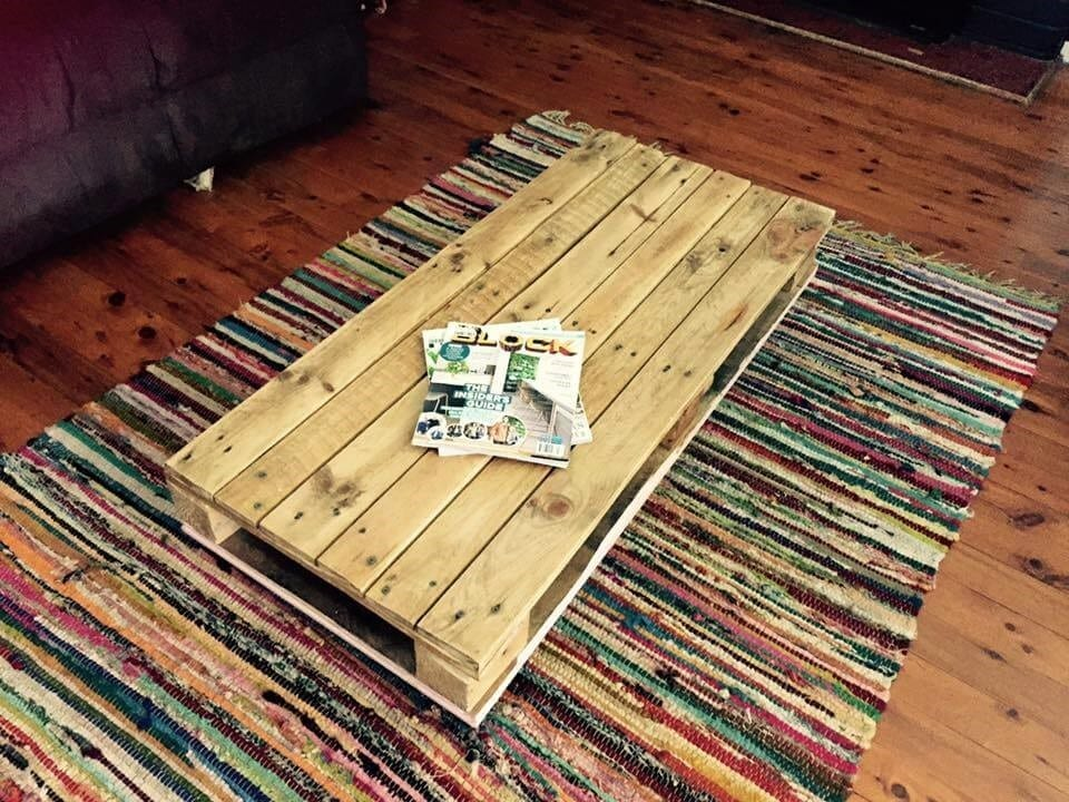 Low Pallet Long Coffee Table