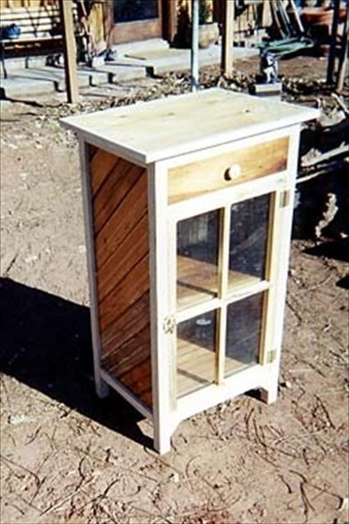 Pallet Nightstand With Display Case