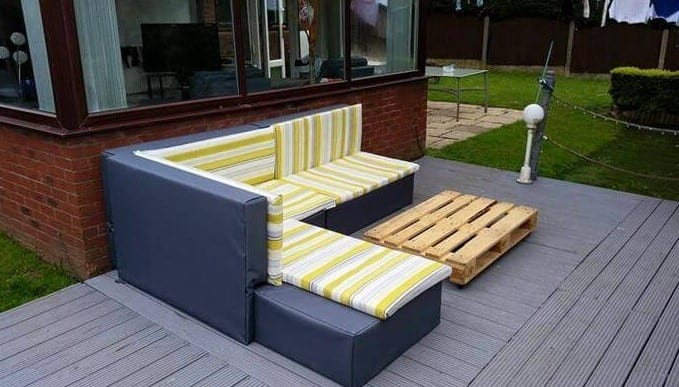 Pallet Upholstered Sofa By Easy Pallet Ideas