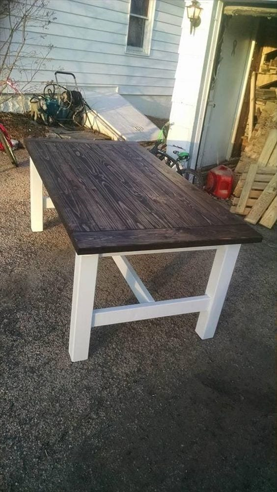 Rustic Style Pallet Table