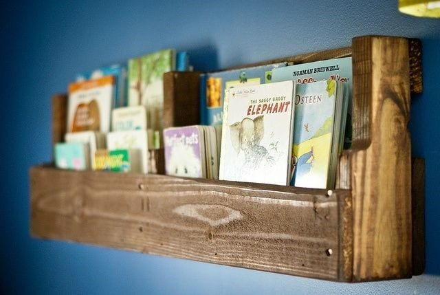 Single Layer Book And Magazines Pallet Shelf