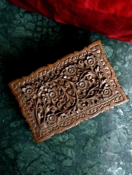 The Incredible Culture Of Walnut Wood Carving In Kashmir