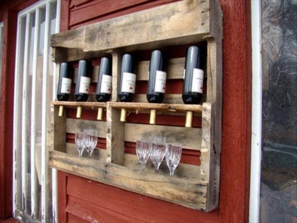 Wine Rack Made Of Recycled Wood Pallets
