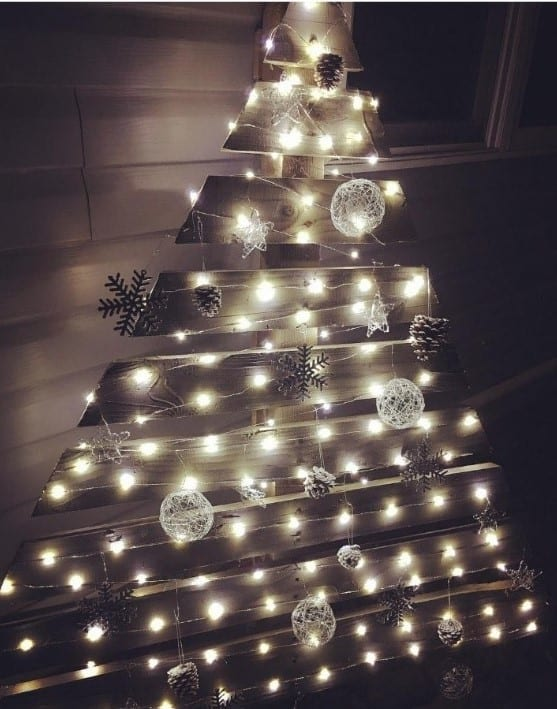 Wooden Pallet Christmas Tree 4