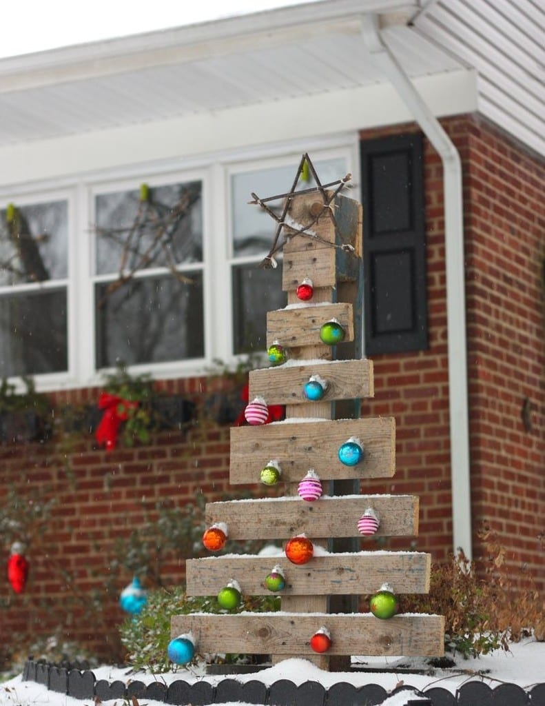 Wooden Pallet Christmas Tree 7