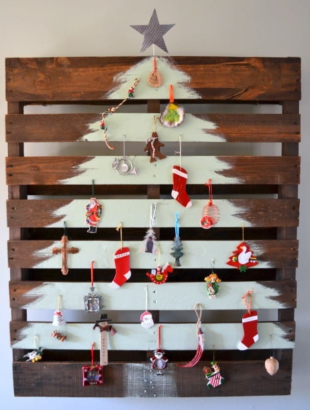 Wooden Pallet Christmas Tree 9